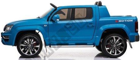 Auto auf einem VW AMAROK Akku blau!